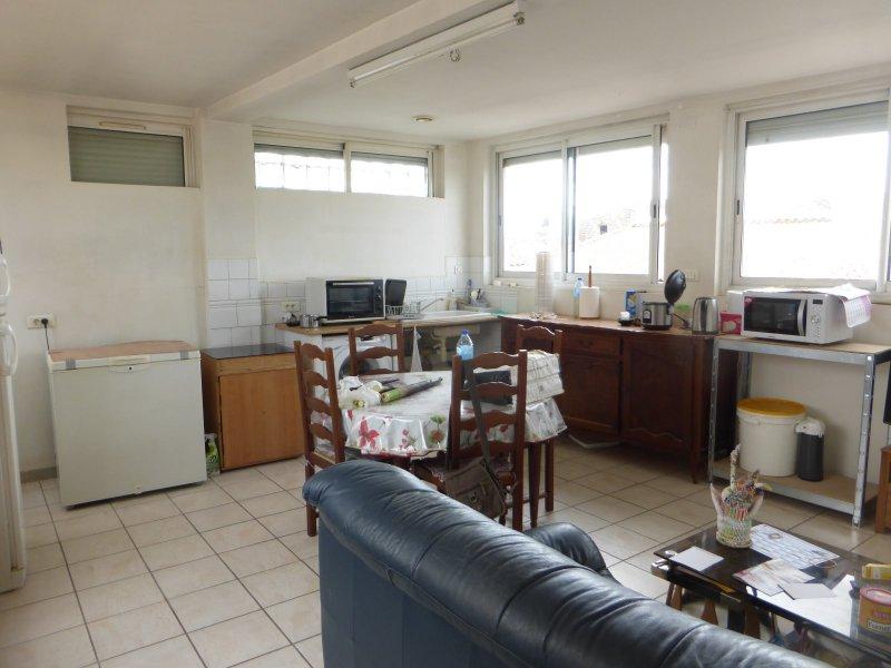Location appartement 3 pièces garons 30128