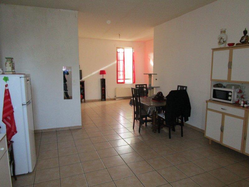Vente appartement 4 pièces st gilles 30800